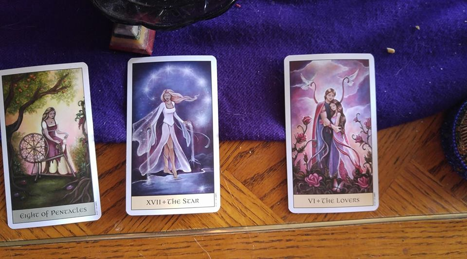 Tarot Daily Inspirational Cards.